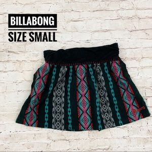 Billabong Black Geometric Mini Skirt Size Small